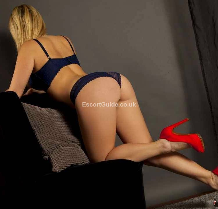 girls looking for guys to text private girls  escorts